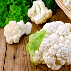 Roasted cauliflower with spiced Macadamia topping